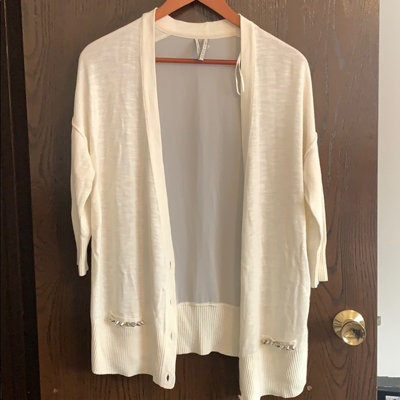 Guess 3/4 length sweater